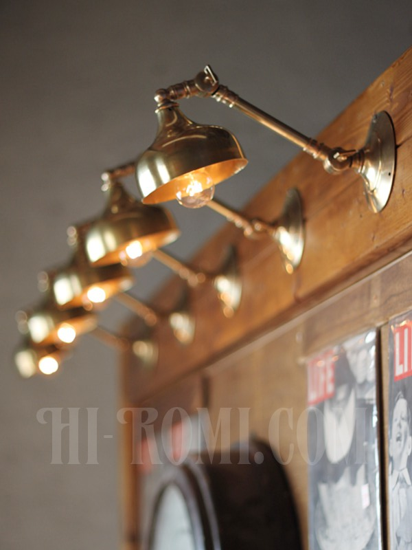 ヴィンテージ工業系2点角度調整付きキーレス真鍮ブラケットA アンティーク照明インダストリアルウォールランプ