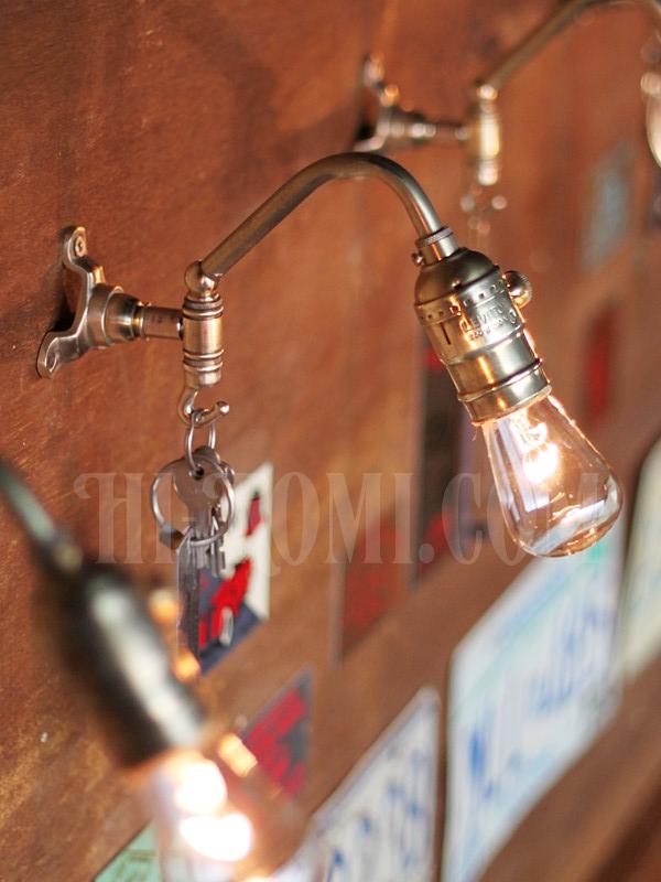 ヴィンテージ工業系フック付きターン式ソケット真鍮ブラケットA/アンティーク照明インダストリアルウォールランプ/店舗設計 建築 設計 利にベーション 照明計画 ライティング アンティーク ヴィンテージ