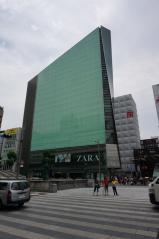 ZARA ビル1