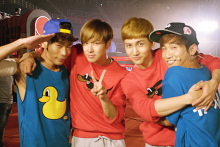 A lovely group, TVXQ no.2-UVと
