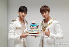 A lovely group, TVXQ no.2-ケーキ