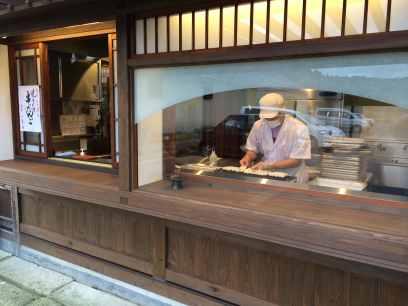 餅土間 串だんご売店 HP