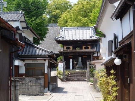長崎街道塩田宿本応寺2(2013-05-08)