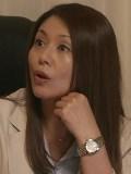 母親役の小泉今日子 NHK