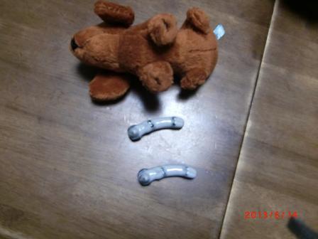 腹を出した犬の箸置き