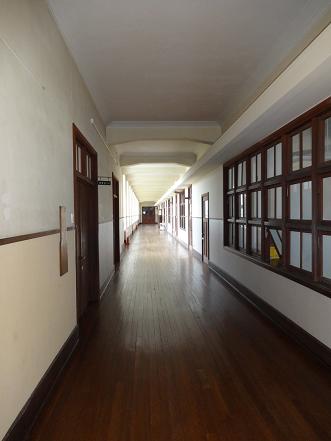 豊郷小学校 廊下②