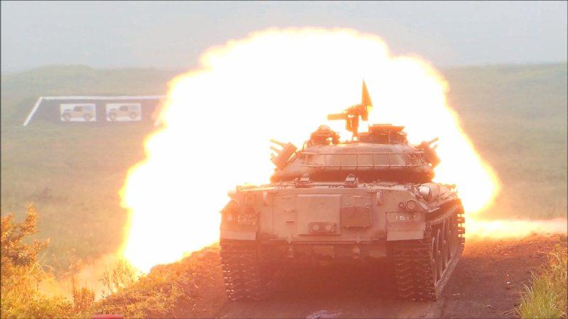 74式戦車射撃 (1)