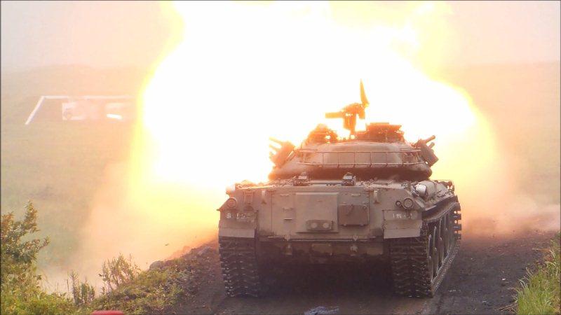 74式戦車射撃 (2)