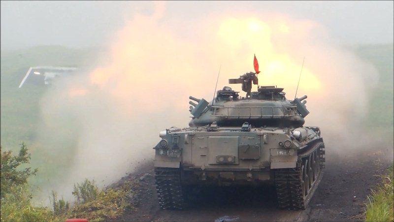 74式戦車射撃 (3)