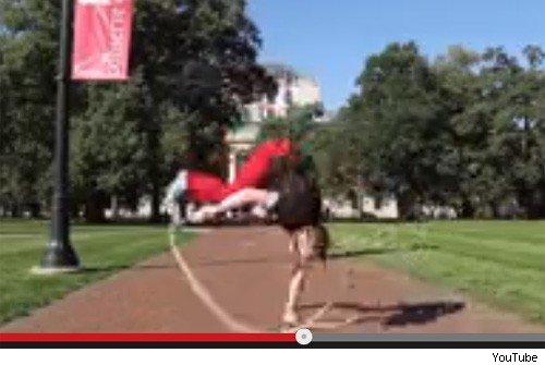 【動画】ぽっちゃり女子大生の縄跳びプレイが神がかっていると話題 - AOLニュース