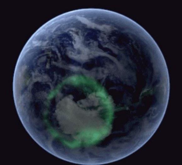 宇宙から見る地球の神秘! 南極のオーロラがゆらめく様子/NASAが制作したGIF画像が秀逸 | ロケットニュース24
