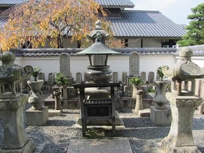 IMG_3112 浅野、大石の墓