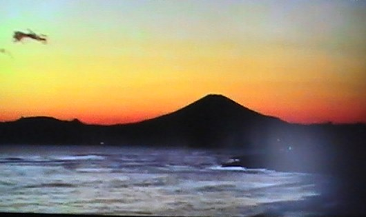 駿河湾から見た富士山