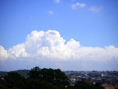 大きな空と雲