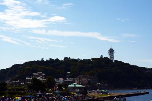 江ノ島は晴れていた。
