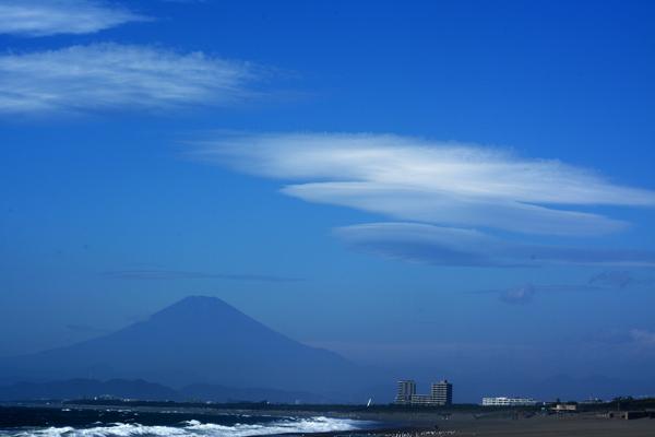 富士山とレンズ雲2