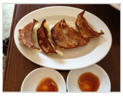 麺次郎特製ギョウザ