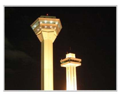 新タワーと旧タワー