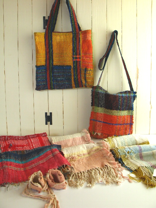 さをり織り工房虹の森1