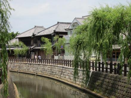 中村橋付近の洋館とカフェ川岸日和①