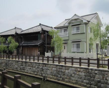 中村橋付近の洋館とカフェ川岸日和②