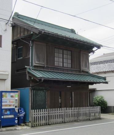 三崎3丁目の出し桁造り②