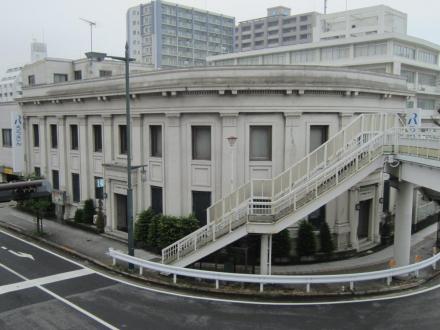 中央労金小田原支店①
