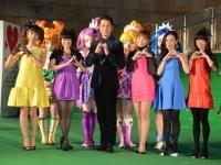 【東京国際映画祭】ウルトラ怪獣、プリキュア、ゲームのコスプレイヤーが練り歩く!異例のカーペットイベントに観客は大盛り上がり