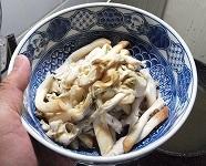 マテガイ殻むき2013418