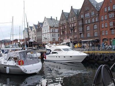 ベルゲン港の町並み20130701
