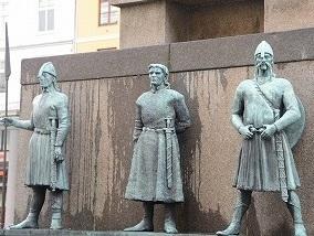 バイキングの彫刻2013710