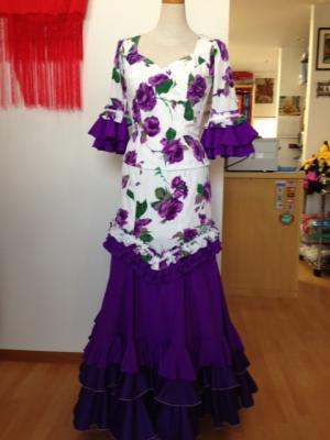 白地紫花柄