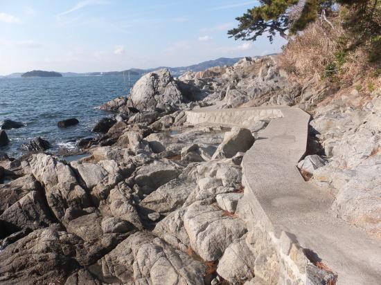 小さな旅を楽しむ-nishiura