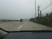 半分くらい解体された中山高速楊梅収費站140104