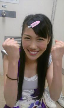 reni_takagi_2011_07_15_th.jpg