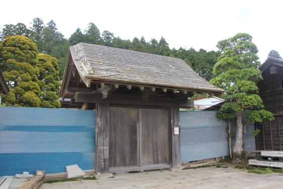 堀江家の門