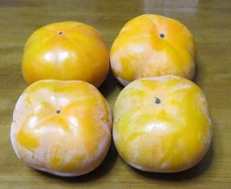 次郎柿収穫物