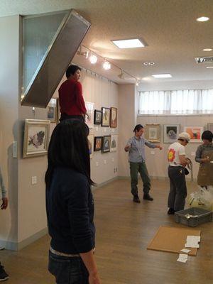 2013 4 28 美術教室展覧会搬入 013_R