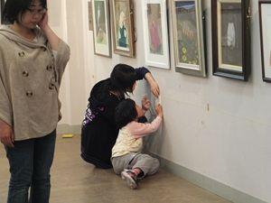 2013 4 28 美術教室展覧会搬入 012_R