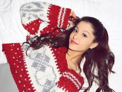 Ariana_Grande_Santa_Tell_Me