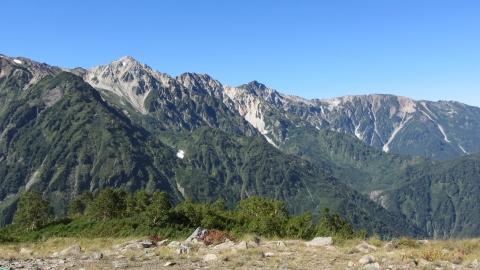 八方池から見た白馬三山1 (480x270)