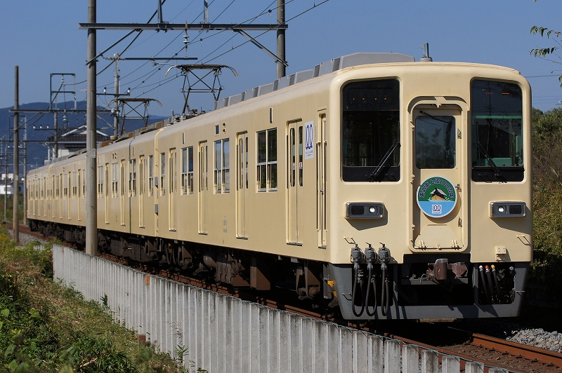 81111F