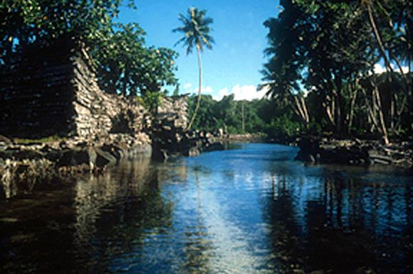 とある大陸の面影(カロリン諸島あたり)image