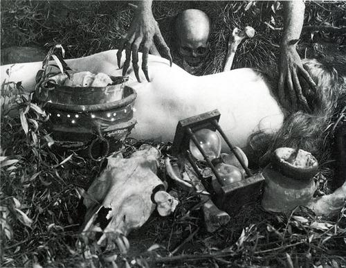 とあるオカルト儀式(スウェーデン)image