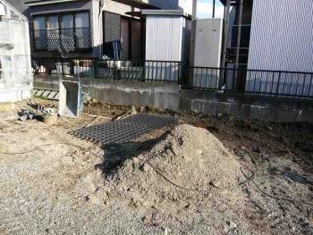 施工前 カーポート植木解体