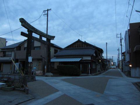 春日神社の青銅鳥居
