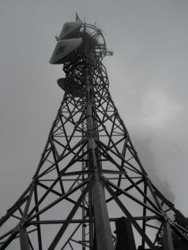 地蔵山の開発局電波塔