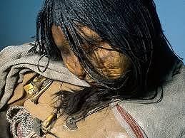 古代インカ生贄の子