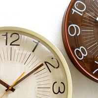 二つ並んだ時計