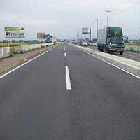 道路にある白線破線